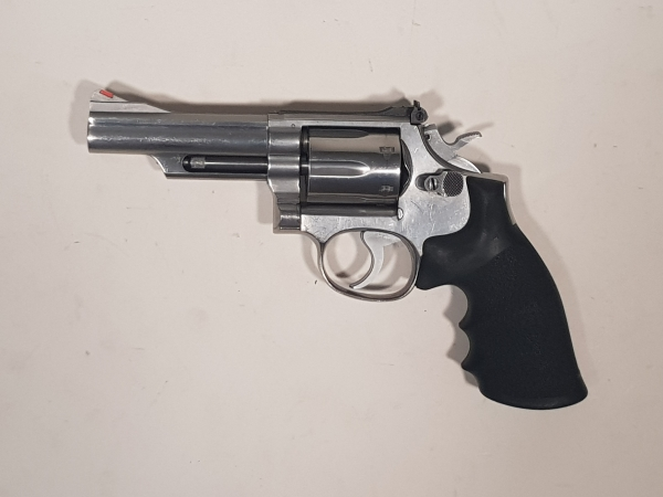 Smith & Wesson 66 caliber .357m/.38sp